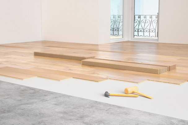 Самостоятельная укладка ламината на бетонный пол с подложкой