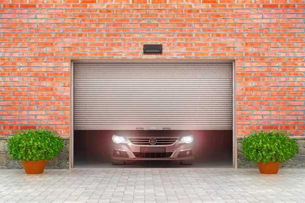Утепление потолка в гараже: спасем автомобиль от морозов