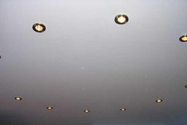 Тканевый натяжной потолок своими руками и без проколов