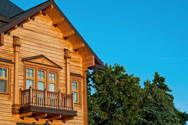 Как пристроить балкон к деревянному дому — делаем свое жилище предметом восхищения всей округи