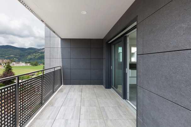 Как утеплить балкон в панельном доме без затрат на ремонтную бригаду