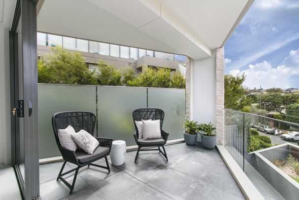 Как оформить балкон и лоджию: практичные и стильные идеи дизайна