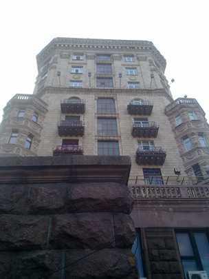 Как вы думаете, можно ли пристроить балкон на первом этаже?