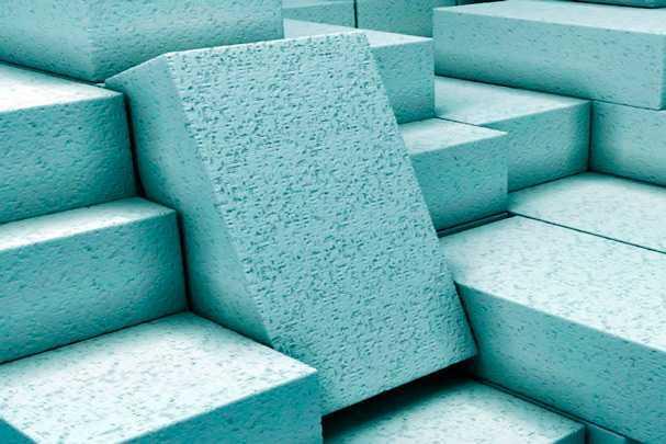 Какие бывают размеры газосиликатного блока для строительства дома или построек хозяйственного назначения?