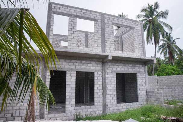 Что лучше: кирпич или газосиликатный блок — выбираем оптимальный материал для дома