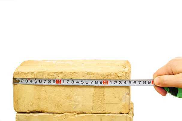 Как рассчитать, сколько кирпича нужно на дом — закупаемся без переплат