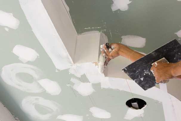 Розетка на балконе: монтаж без угроз проводке и здоровью