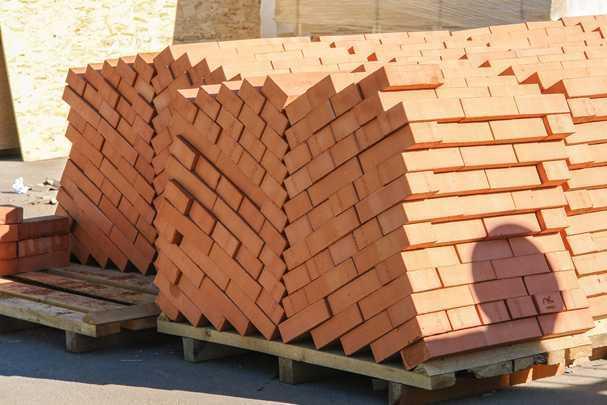 Сколько кирпича в кубе кладки — производим расчеты для будущего строительства
