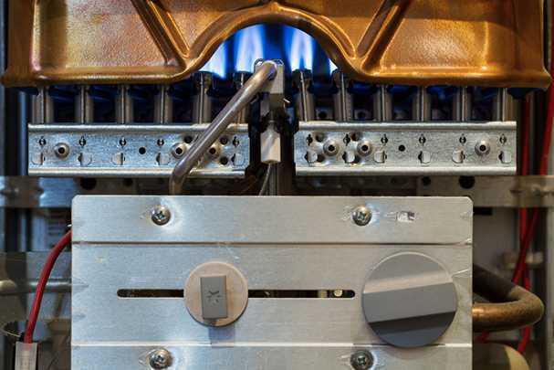 Как установить газовую колонку в квартире: выполнение обязательных требований