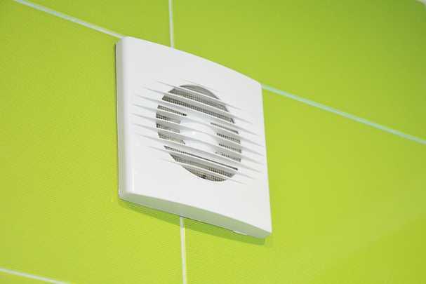 Обустройство вентиляции в туалете частного дома: просто о важном