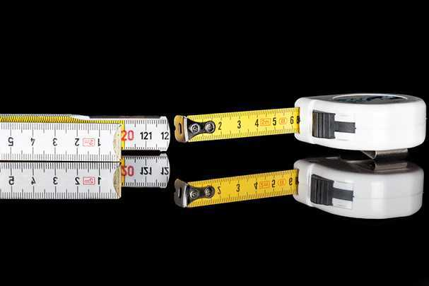 Как выбрать измерительную рулетку: общие параметры и рейтинг лучших моделей