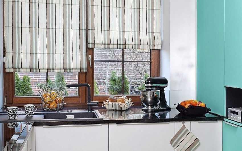 Шторы для маленькой кухни— особенности дизайнерских решений для маленькой кухни. Особенности материалов и способы установки штор (110 фото-обзоров)