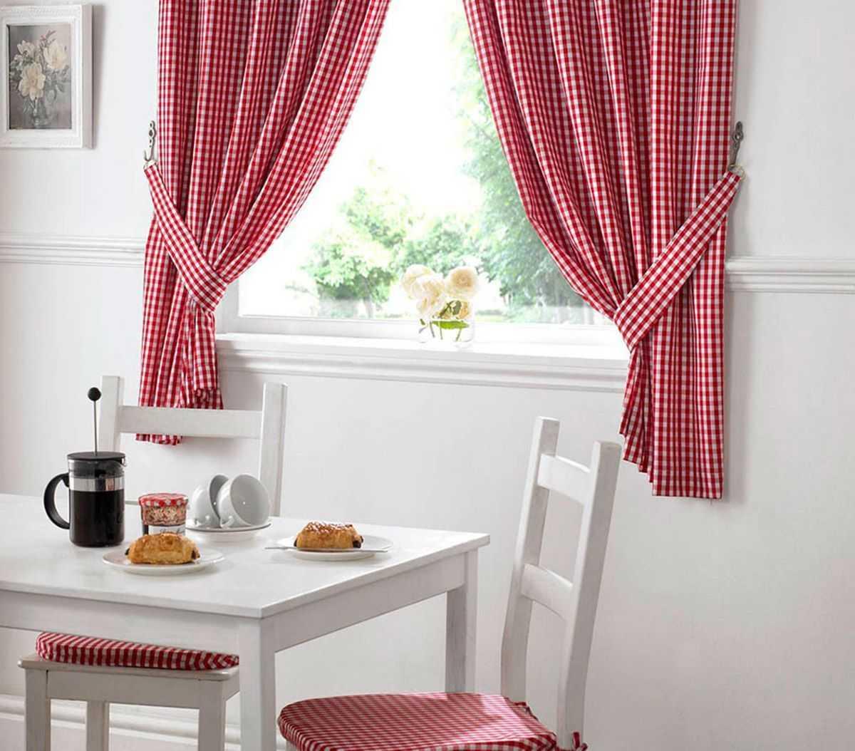 Фото картинки занавесок на кухню